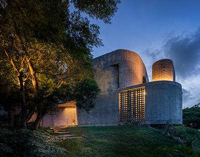 Wandering Walls Retreat by XRANGE Architects