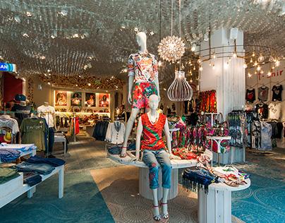 Desigual Retail Store 2014