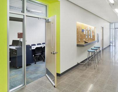 Central Arizona College Classroom Building, Architekton