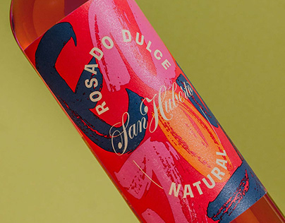 Wine labels for San Huberto sweet white and rosé