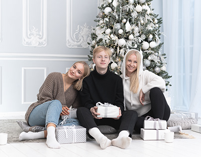The Blonde Fam' (Christmas Photography)