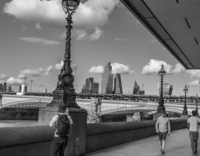 Views by the Thames , July 2020