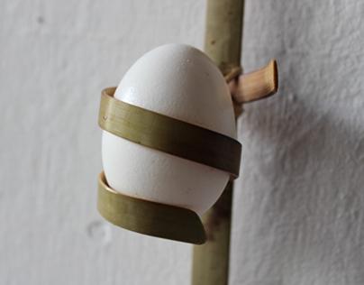 Bamboo Egg Holder : Eggie