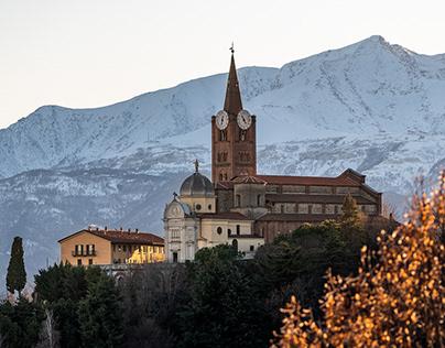 Due passi a Pinerolo, La Chiesa di San Maurizio