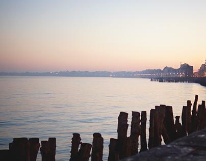 Lumière du soleil levant et couchant sur Saint-Malo