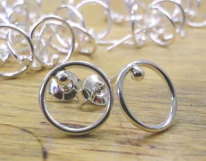 christmas sale 2017 - silver loop earrings
