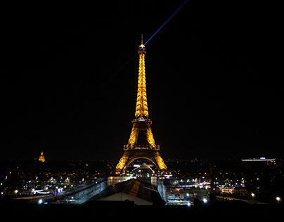 Tour Eiffel - Paris at night