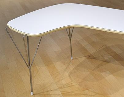 Y-Line Desk