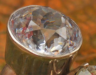 SOMETHING SHINY : : Jewellery Photography