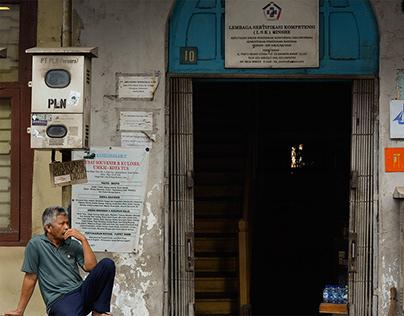 Street photo - Kota Tua