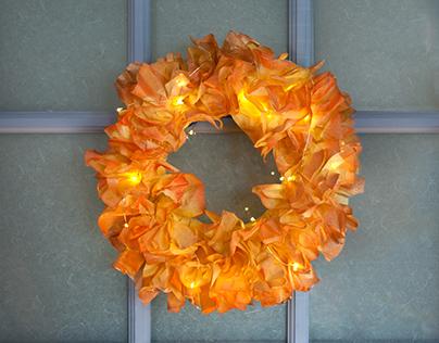 Holiday Wreath DIY WholesalePartySupplies.com