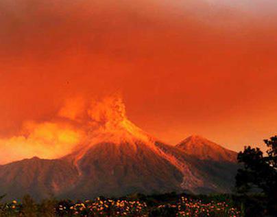 Stunning eruption of Volcano Fuego 🎥🌋😱