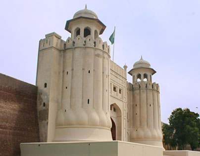 Walled City (Lahore) and Mughal's Royal Fort
