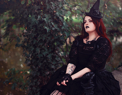 Witch with Obsidia