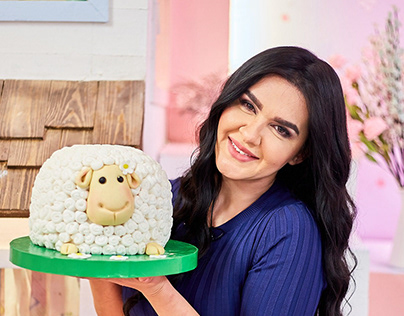 """In the house of dessert"" Bait El halaweiat TV Program"