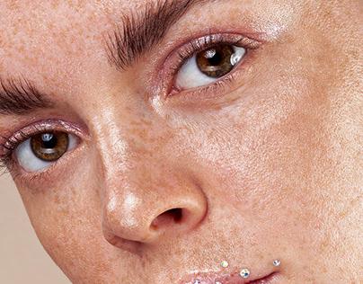 Beauty: Freckles & Diamonds