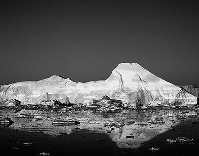 B&W Icebergs in Greenland