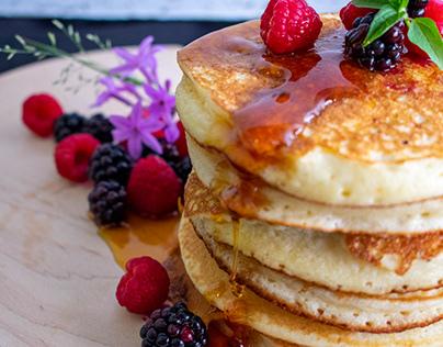 Flapjacks and syrup (Food photography)