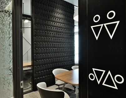SUITS: office for downtown Budapest's law firm