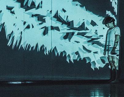 Escaping shadows// Audiovisual performance