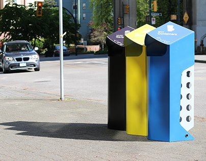 Reducing contamination in public space recycling