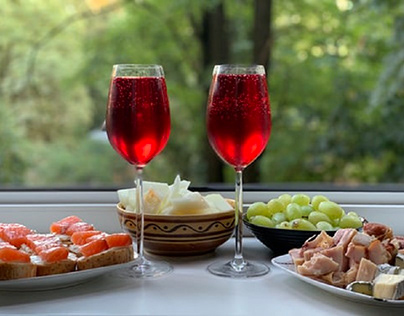 Bite-sized treats and glasses of wine