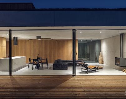 JRv2 HOUSE