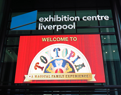 Toytopia Logo