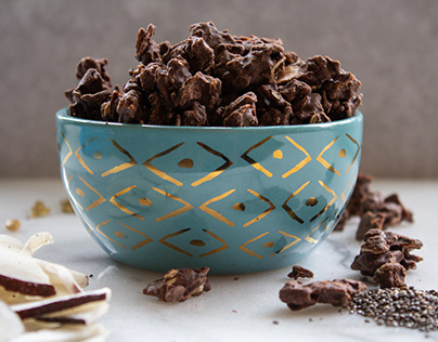 Food Photography for Dark Chocolate Nuggets