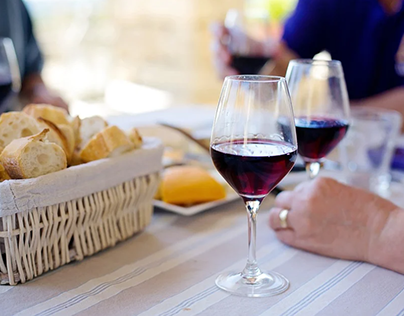 A Primer on Pairing the Perfect Wine with Your French