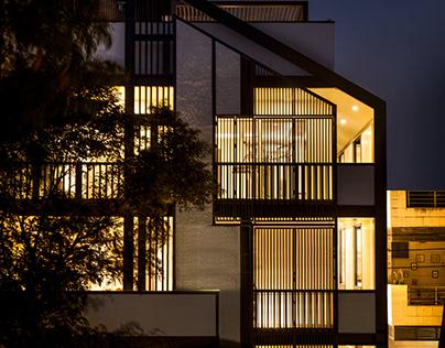 Casa Hypotenuse by RENESA ARCHITECTURE STUDIO