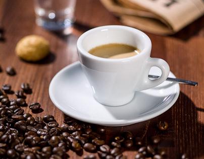 un Espresso prego, another stillife