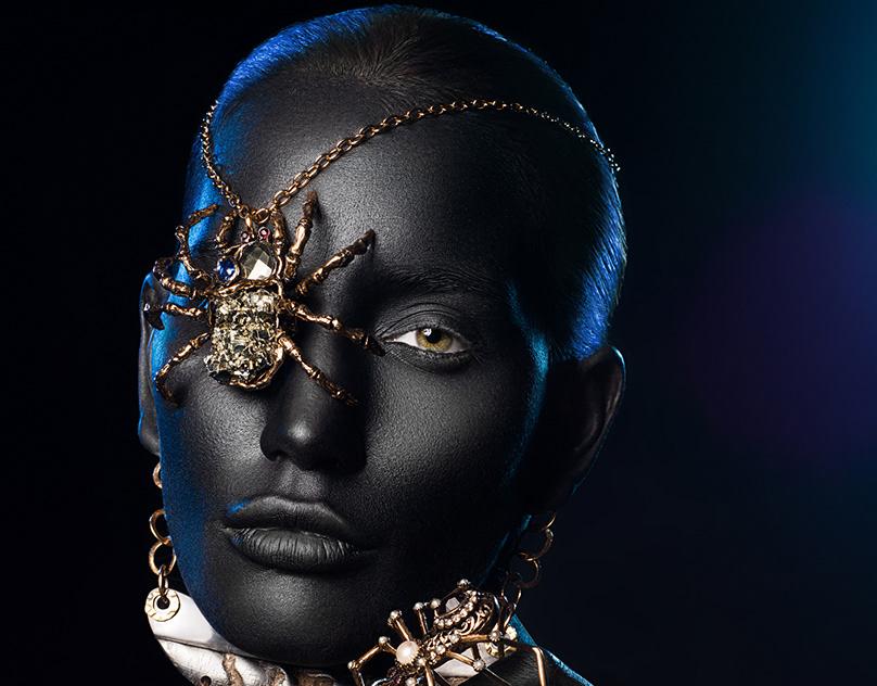 girls-having-black-beauty-ted-teenax