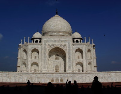 a walk around the Taj