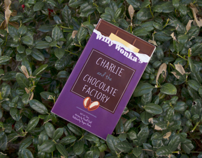 Book Jacket: Charlie and the Chocolate Factory