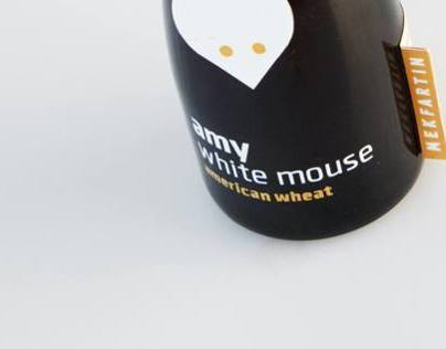 Amy White Mouse