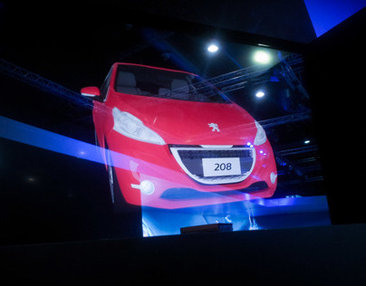 Peugeot 208 Holotransform