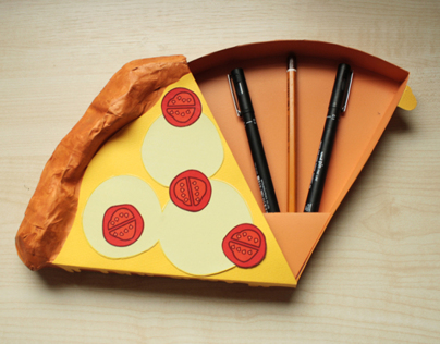 Pizza Box - Pen & Pencil holder for Yr1 Uni Students