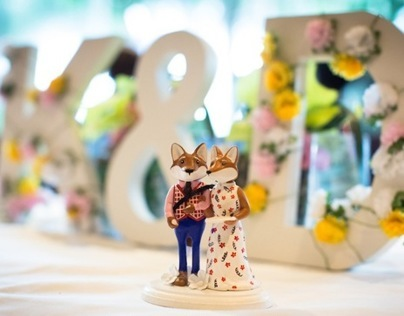 Mr & Mrs Fox Bespoke Wedding Cake Topper