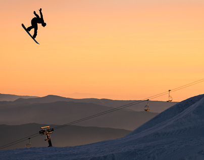 Snowboarding - Action