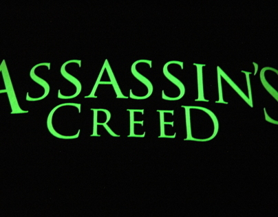 Assassins Creed Glow in the dark t-shirt