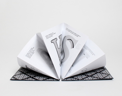 Jackson Accordion Book