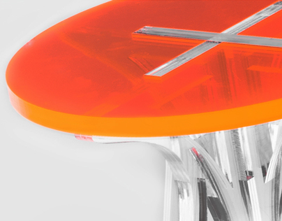 PLUS Stool/Table