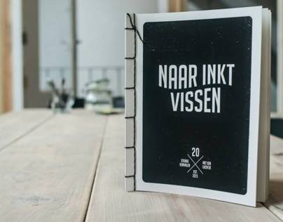 Smelly silk screened Squid ink Book • Naar inkt Vissen