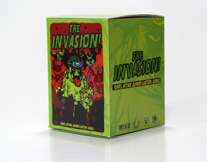 VINYL ATTACK - The Invasion - Dunny Custom Series