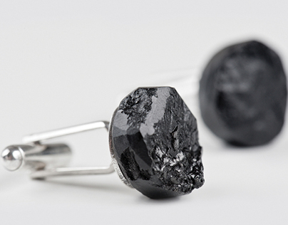 Hochglance – Silver and Hard Coal Jewellery