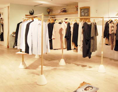 Dynamic coat stand for Black Swan Store Valencia