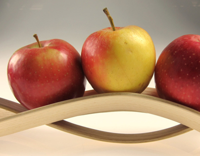 Apple Holder (Wood 1)
