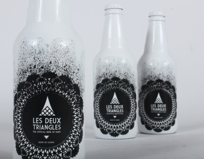 Les Deux Triangles Beer