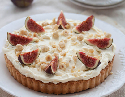 Honey fig tart with mascarpone and hazelnut crust